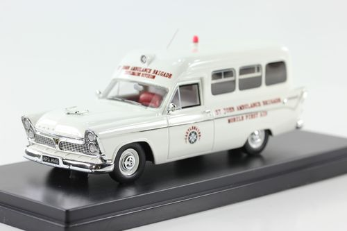 AP3 Chrysler Ambulance 1961